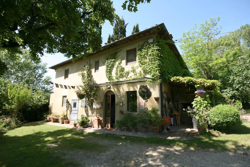 Aziende agricole siena in vendita e in affitto cerco for Case in vendita provincia firenze