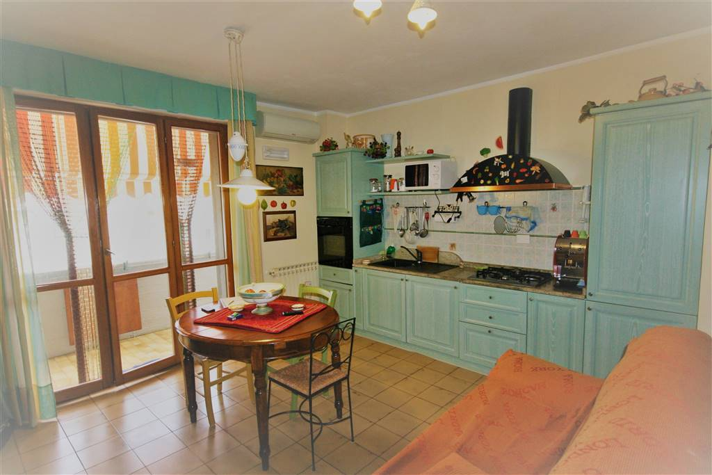 Appartamento in vendita a Castagneto Carducci, 3 locali, zona ratico, prezzo € 120.000   PortaleAgenzieImmobiliari.it