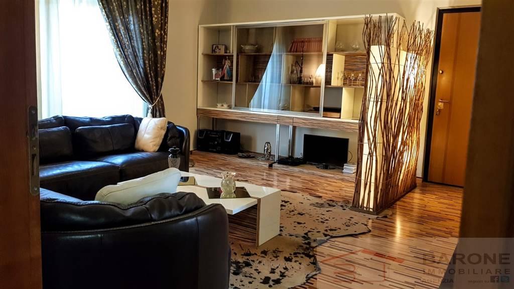 Appartamento in vendita a Altamura, 4 locali, prezzo € 168.000 | CambioCasa.it