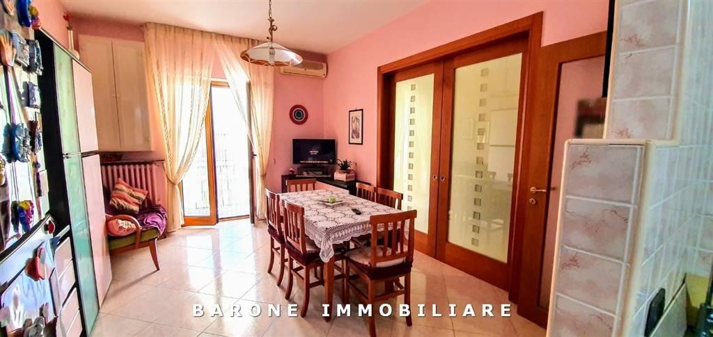 Appartamento in vendita a Altamura, 3 locali, prezzo € 150.000   CambioCasa.it