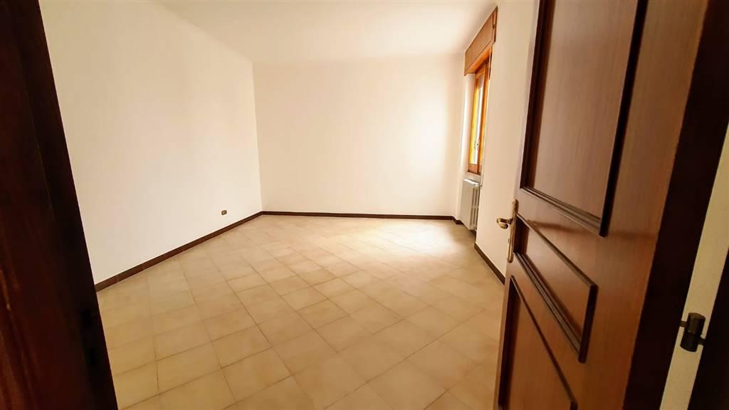 Appartamento in vendita a Altamura, 4 locali, prezzo € 170.000 | CambioCasa.it