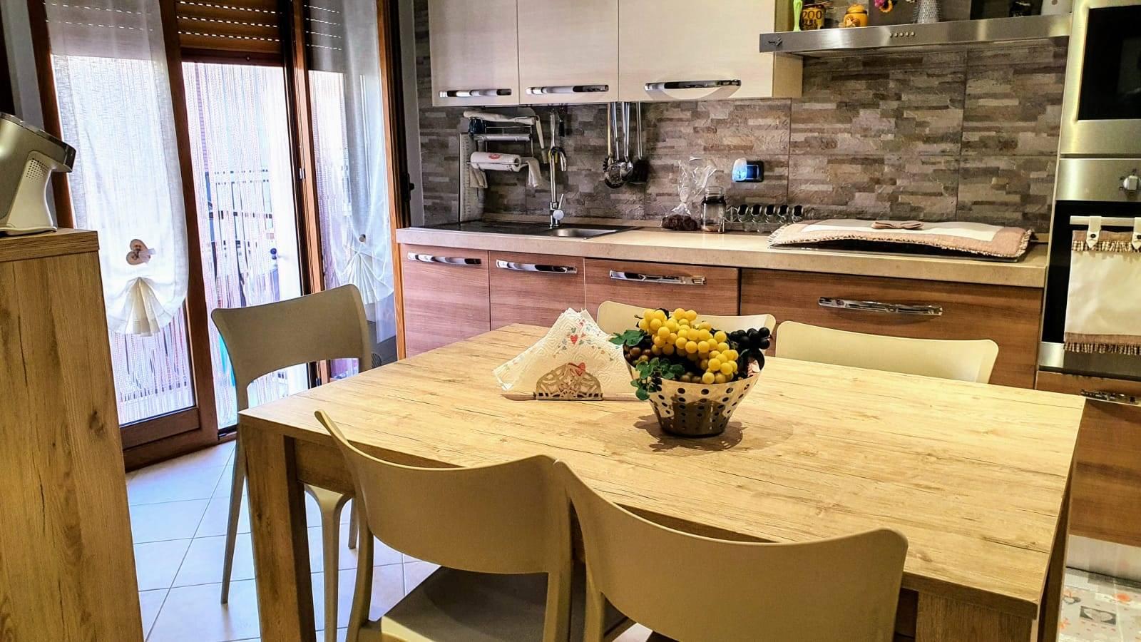 Appartamento in vendita a Altamura, 4 locali, prezzo € 155.000 | CambioCasa.it
