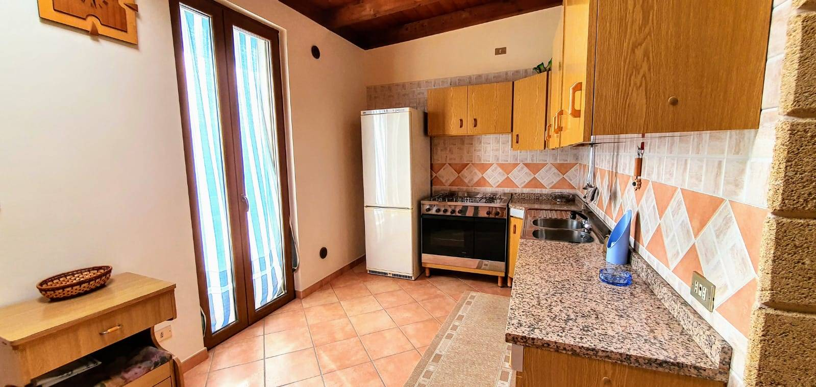 Appartamento in vendita a Altamura, 4 locali, zona Località: VIA MATERA, prezzo € 95.000   CambioCasa.it