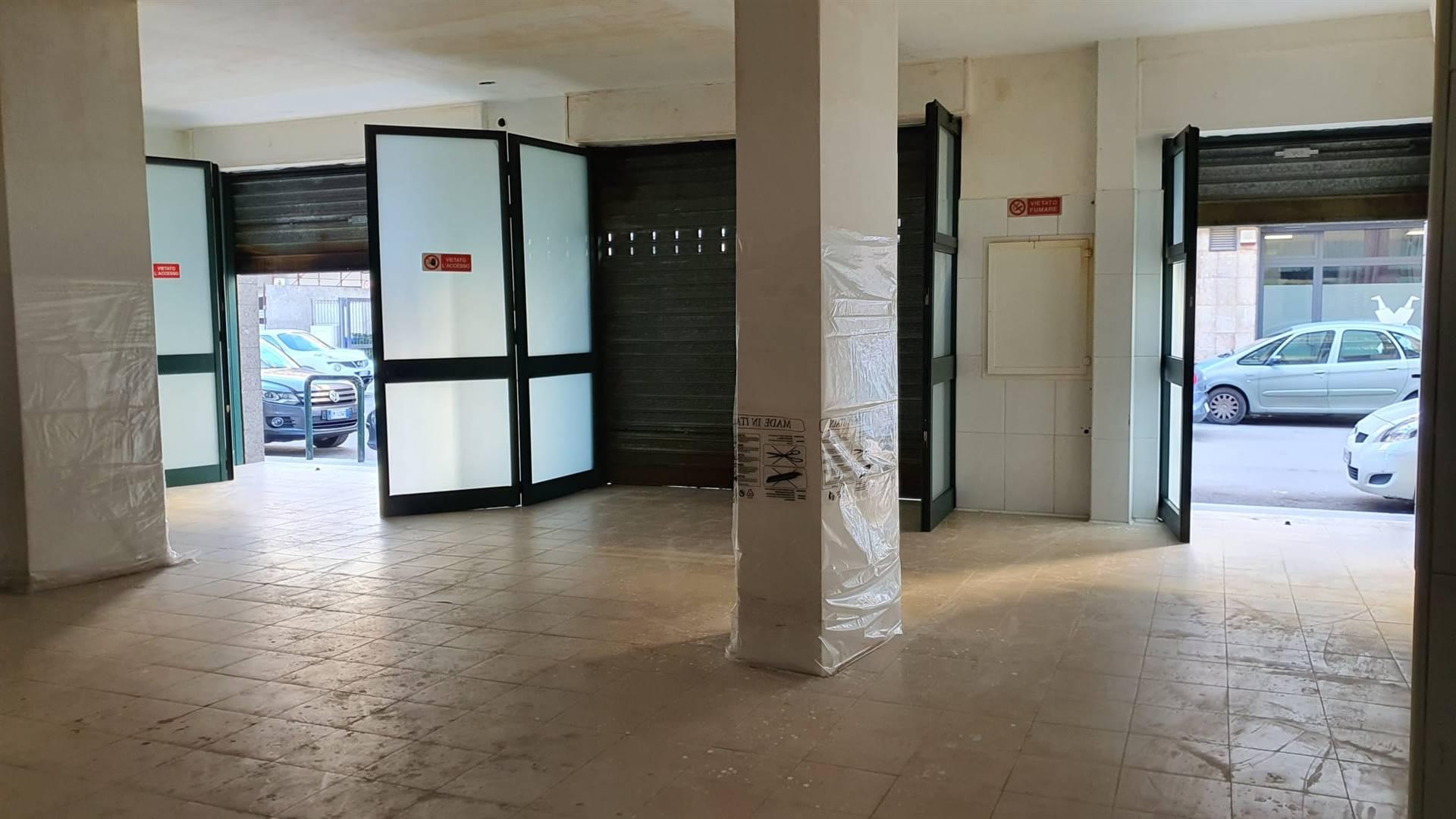Laboratorio in affitto a Altamura, 9999 locali, prezzo € 1.500   CambioCasa.it