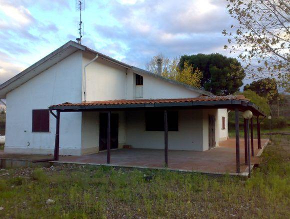 Villino, Leonessa, Melfi, abitabile
