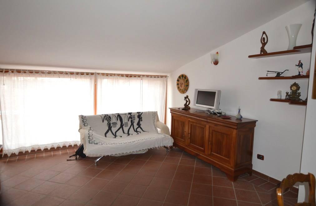 Attico / Mansarda in affitto a Lavello, 2 locali, prezzo € 350 | CambioCasa.it