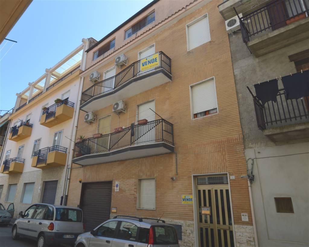 Appartamento in vendita a Lavello, 4 locali, prezzo € 45.000 | PortaleAgenzieImmobiliari.it