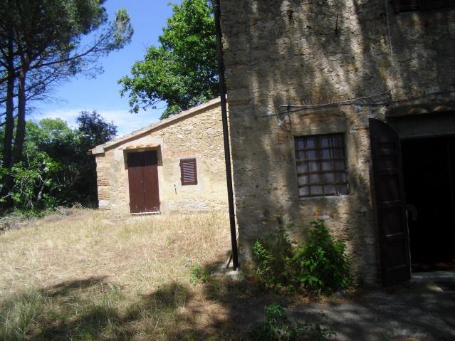 Rustico / Casale in vendita a Guardistallo, 8 locali, prezzo € 390.000 | CambioCasa.it