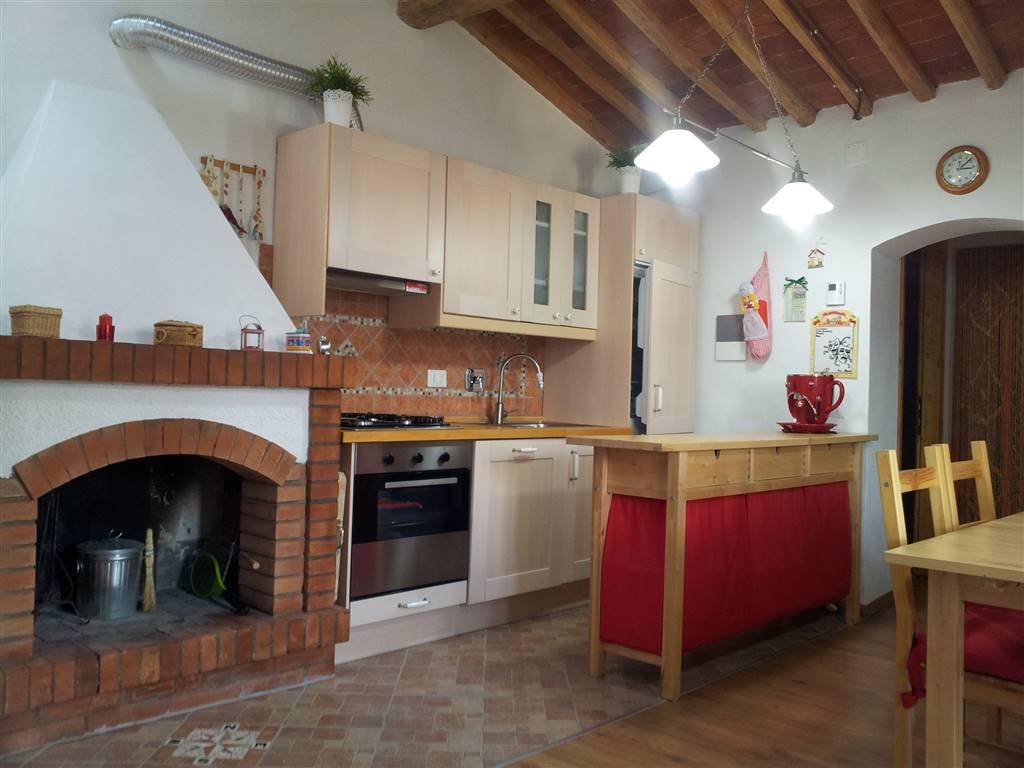 Appartamento in vendita a Castagneto Carducci, 3 locali, prezzo € 119.000   CambioCasa.it