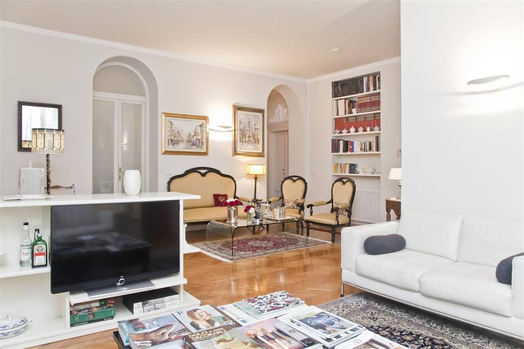 Appartamento in Via Lecco 2, Fuori Milano, Milano