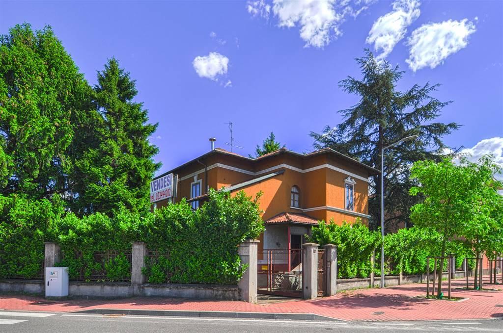 Villa in Viale Lombardia  85, San Fruttuoso, Triante, San Carlo, San Giuseppe, Monza