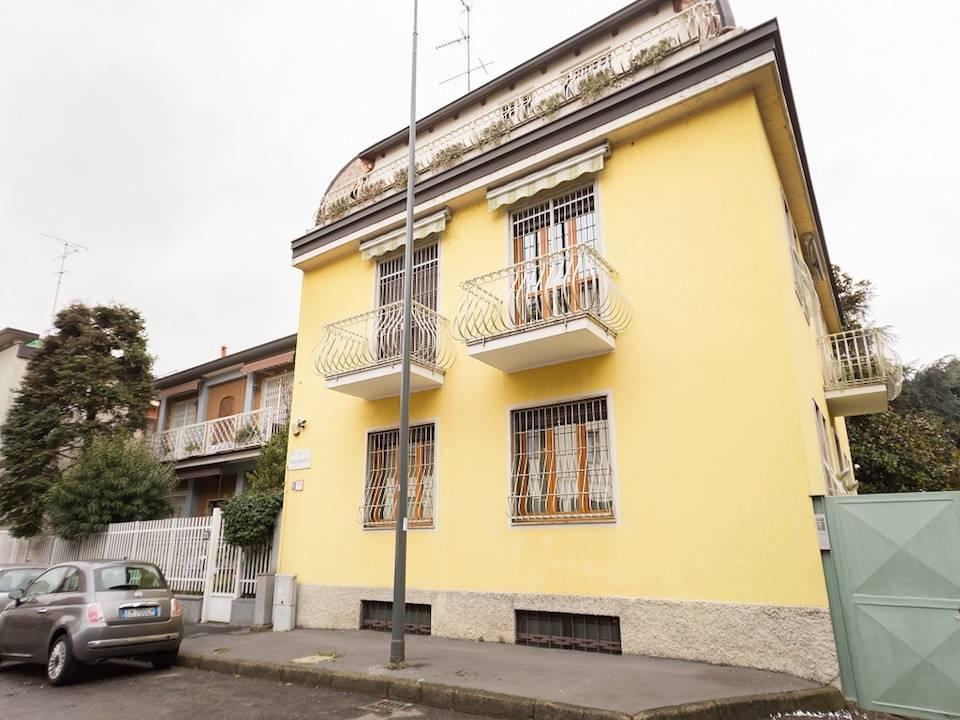 Vendita Villa Certosa/ Quarto Oggiaro/ Villa Pizzone MILANO (MI)