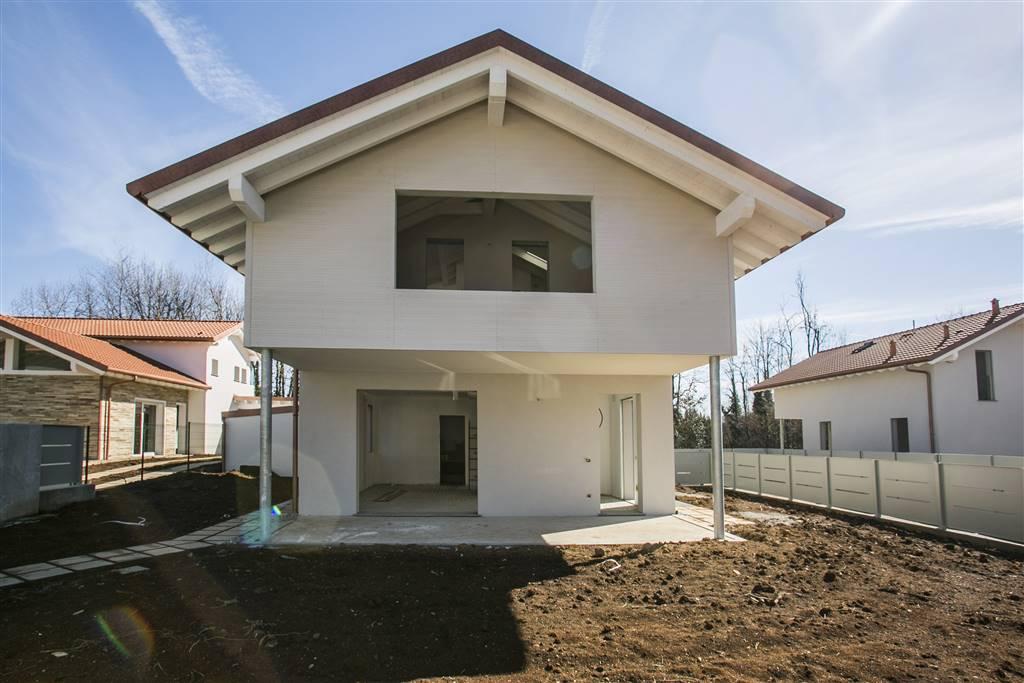 Villa in Via Umberto Giordano 18s, Tradate