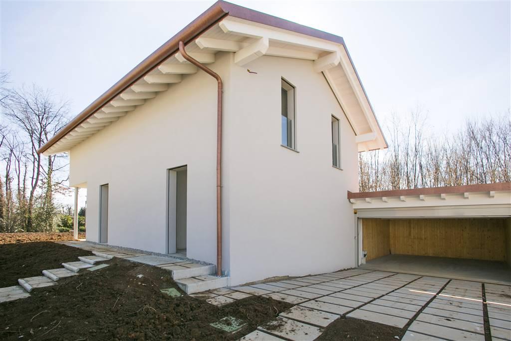 Villa in Via Umberto Giordano 18u, Tradate