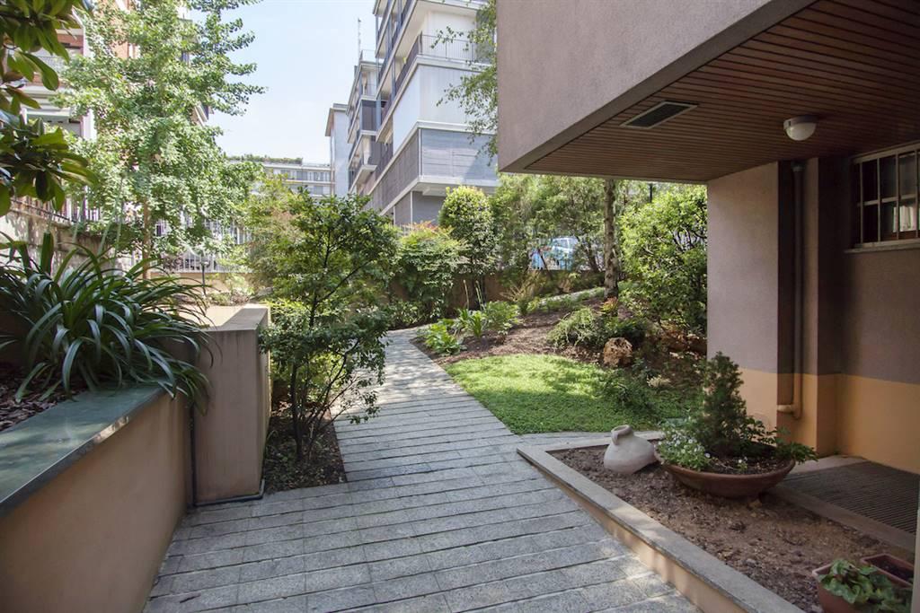 Appartamento in Via Privata Chiasso  11, Certosa, Quarto Oggiaro, Villa Pizzone, Milano