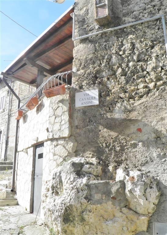 angolo su Via Cavalier Ansini