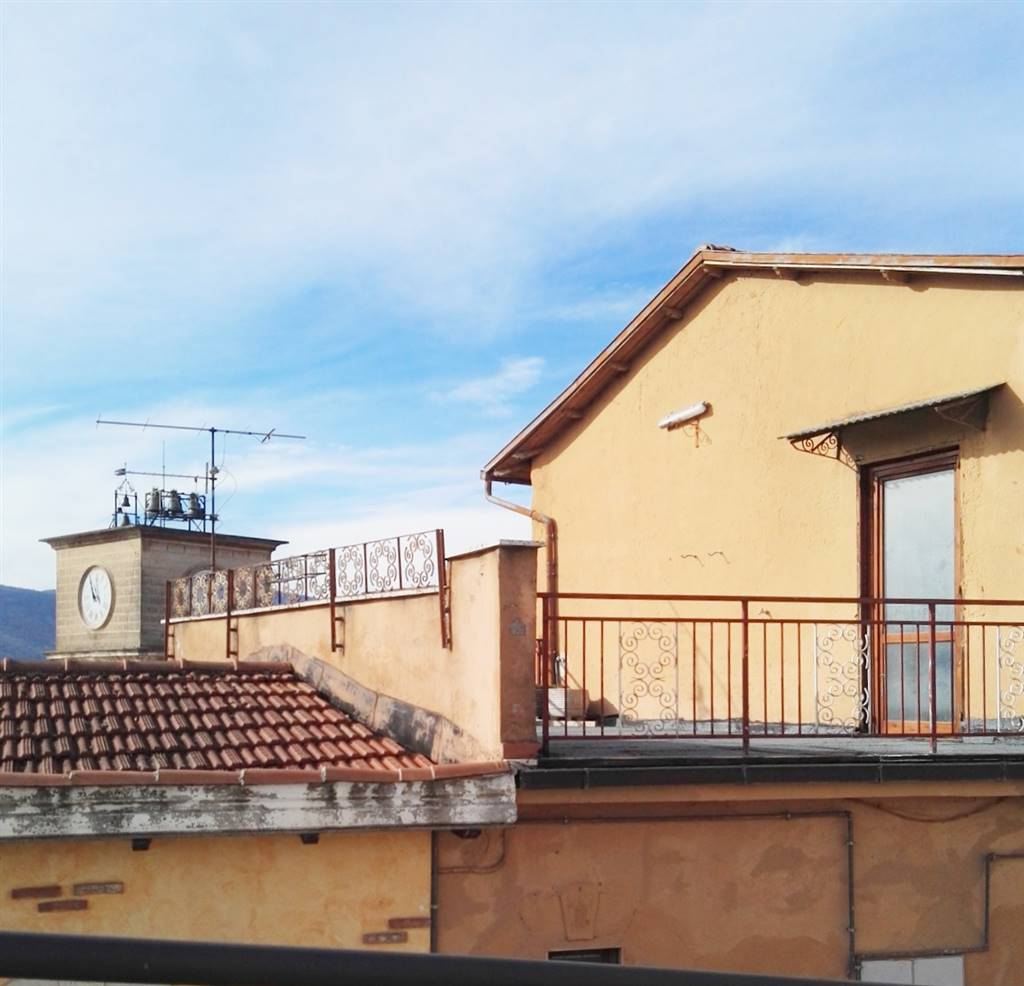 terrazzo visto da Via Oberdan