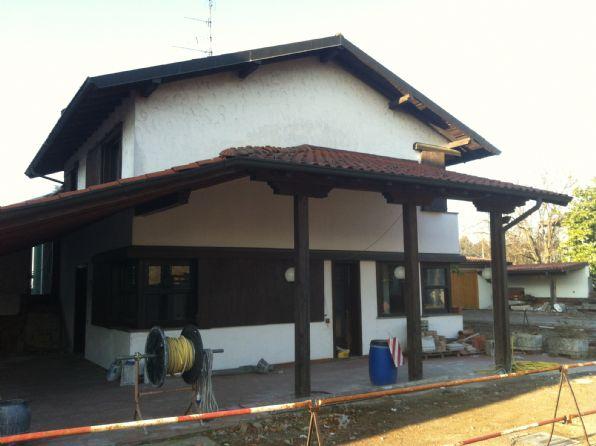 Villa Bifamiliare in vendita a Arconate, 3 locali, prezzo € 125.000 | CambioCasa.it