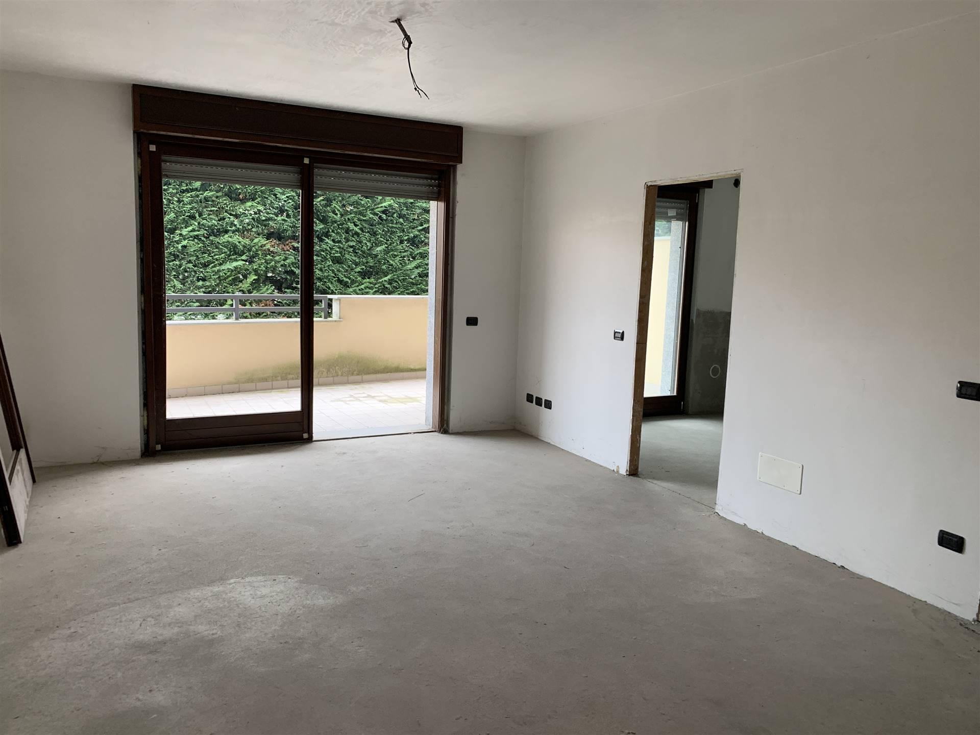 Appartamento in vendita a Busto Garolfo, 5 locali, prezzo € 275.000 | CambioCasa.it