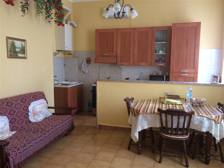 Appartamento in vendita a Busto Garolfo, 2 locali, prezzo € 67.000   CambioCasa.it