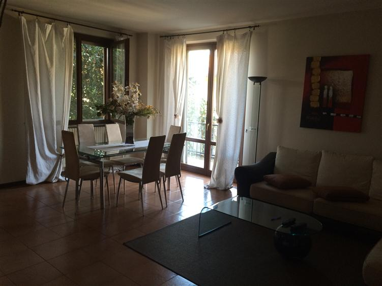 Villa in vendita a Casorezzo, 4 locali, prezzo € 359.000 | CambioCasa.it