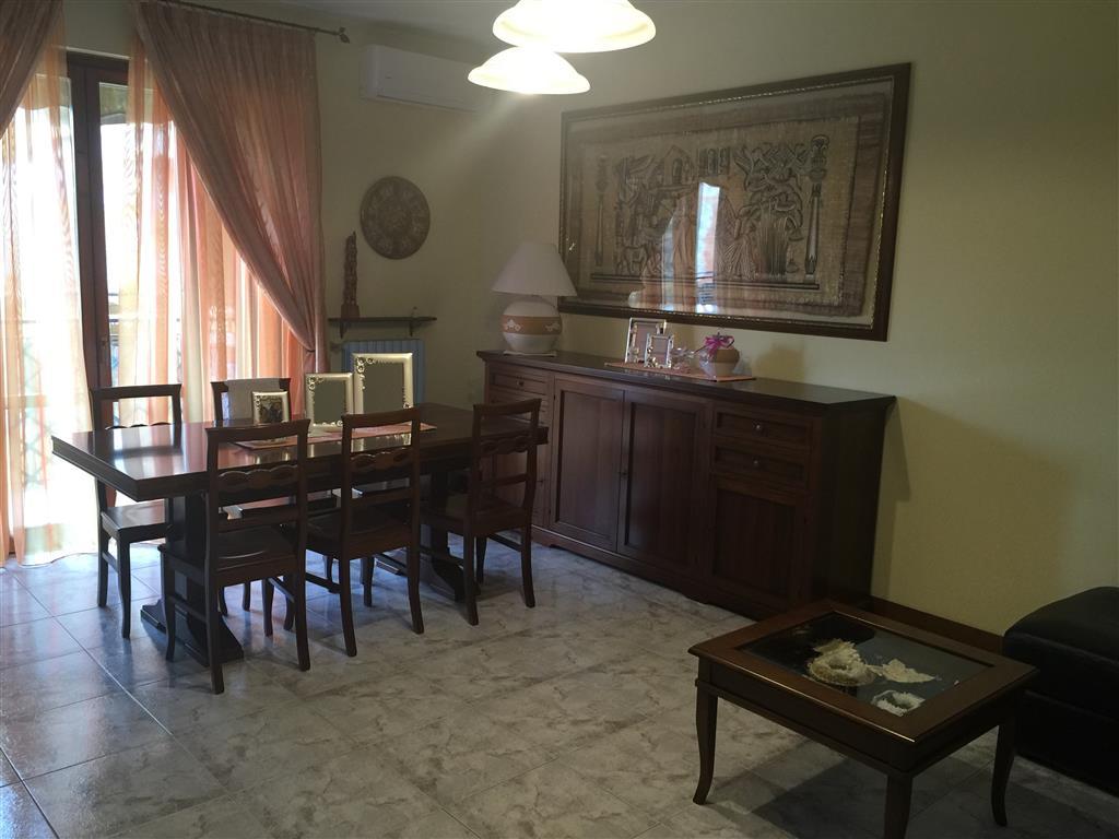 Appartamento in vendita a Busto Garolfo, 3 locali, prezzo € 155.000 | CambioCasa.it