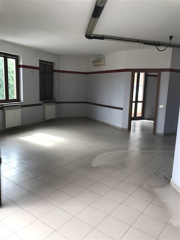 Ufficio / Studio in vendita a Busto Garolfo, 7 locali, prezzo € 235.000 | PortaleAgenzieImmobiliari.it