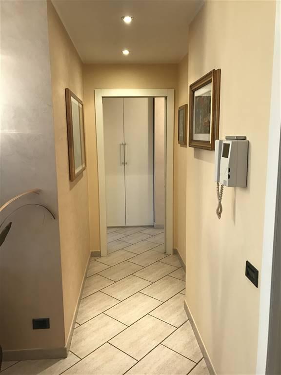 Appartamento in vendita a Busto Garolfo, 4 locali, prezzo € 238.000 | PortaleAgenzieImmobiliari.it