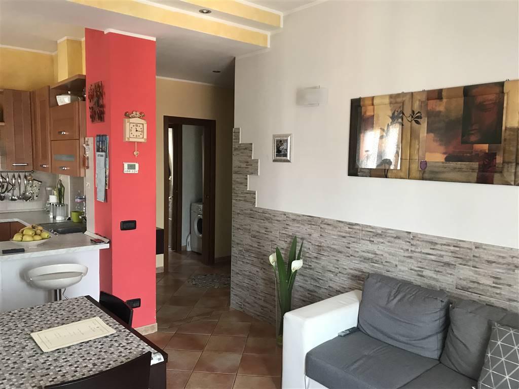 Appartamento in vendita a Busto Garolfo, 3 locali, prezzo € 99.000   CambioCasa.it