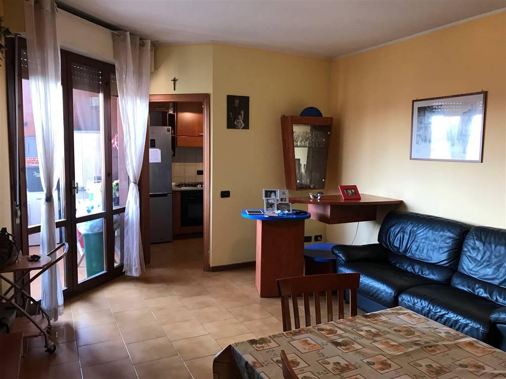 Appartamento in vendita a Inveruno, 3 locali, prezzo € 120.000 | CambioCasa.it