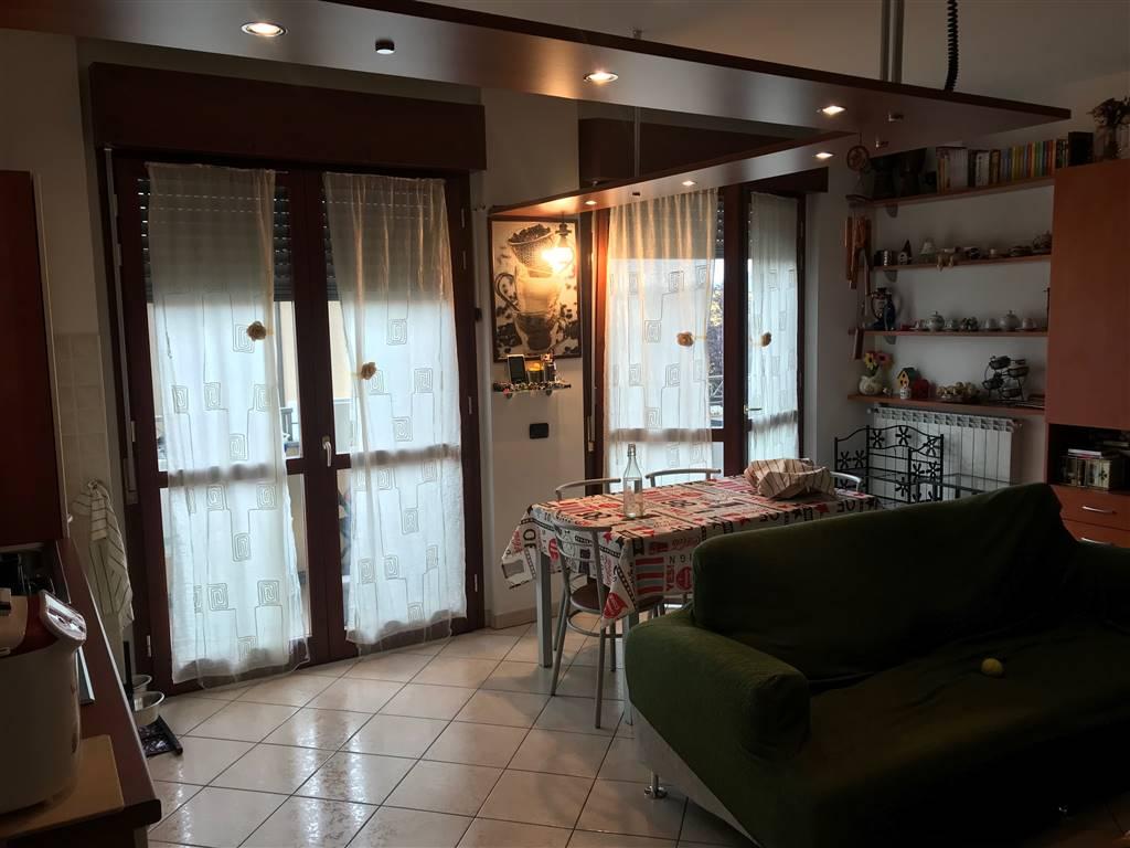Appartamento in vendita a Busto Garolfo, 2 locali, prezzo € 109.000 | CambioCasa.it