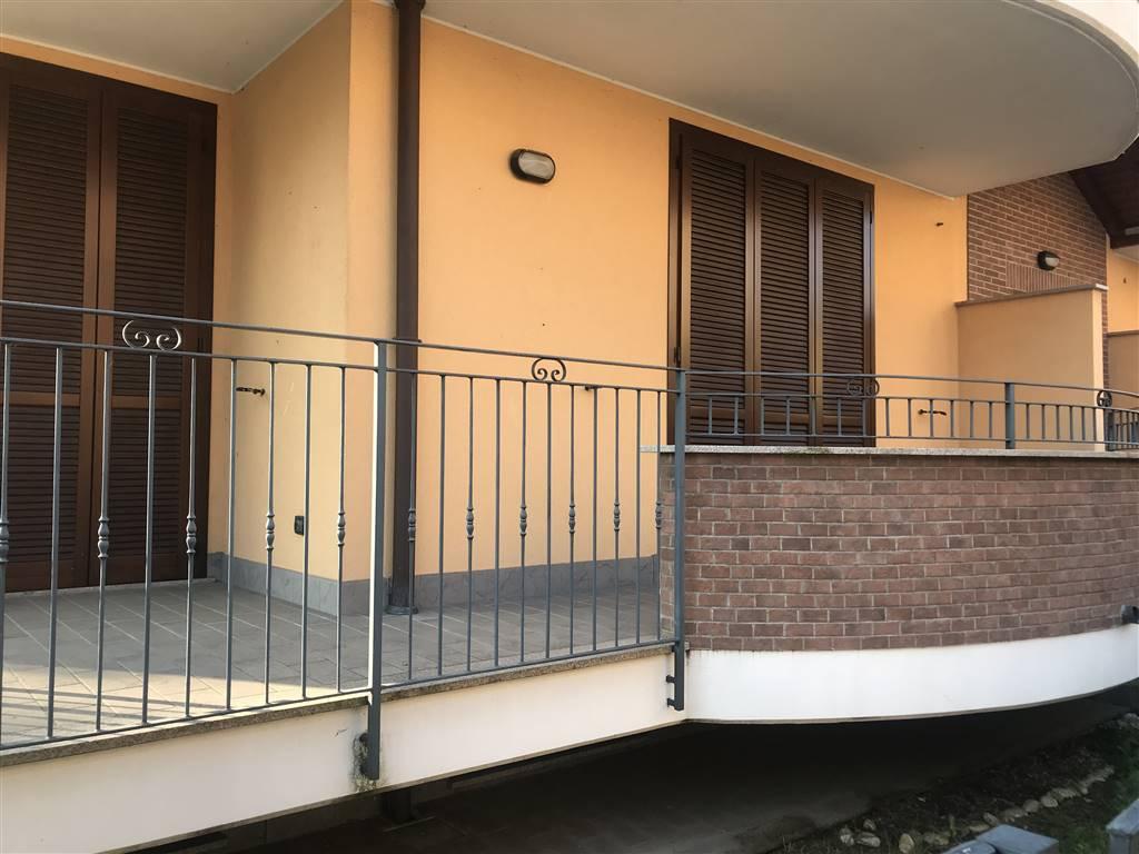 Appartamento in vendita a Arconate, 3 locali, prezzo € 139.000   CambioCasa.it