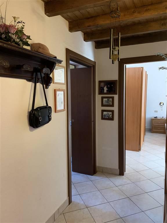 Appartamento in vendita a Busto Garolfo, 3 locali, prezzo € 89.000 | CambioCasa.it