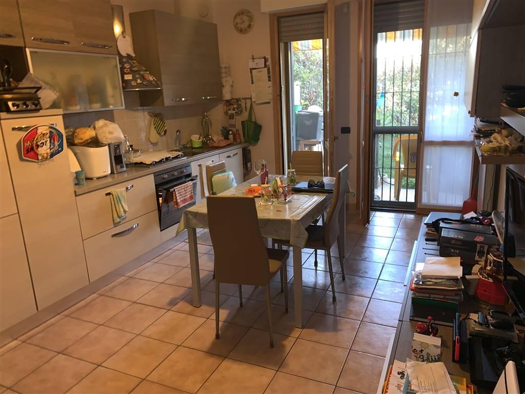 Appartamento in vendita a Busto Garolfo, 3 locali, prezzo € 175.000 | CambioCasa.it
