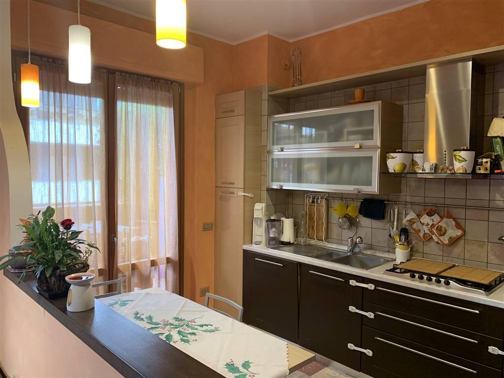 Appartamento in vendita a San Vittore Olona, 3 locali, prezzo € 149.000 | CambioCasa.it