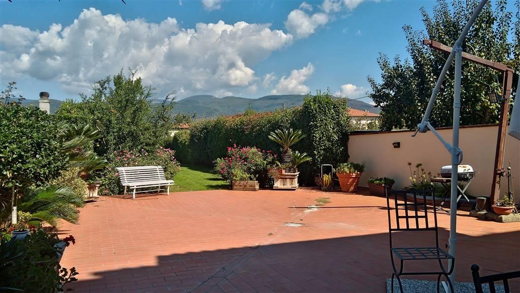 Villa, Pistoia, in ottime condizioni