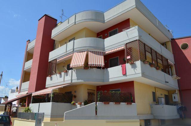 Appartamento in affitto a Turi, 3 locali, prezzo € 400 | CambioCasa.it