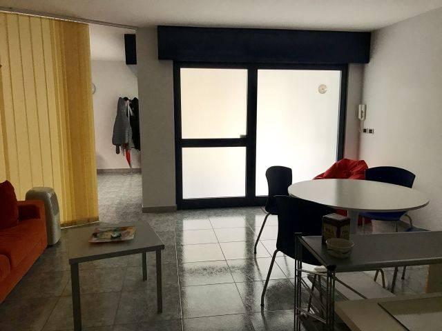 Ufficio / Studio in vendita a Adelfia, 1 locali, prezzo € 35.000   CambioCasa.it