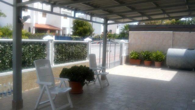Appartamento in vendita a Maruggio, 4 locali, zona Località: CAMPOMARINO, prezzo € 95.000 | CambioCasa.it