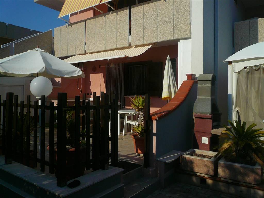 Appartamento in vendita a Maruggio, 4 locali, zona Località: CAMPOMARINO, prezzo € 140.000 | CambioCasa.it
