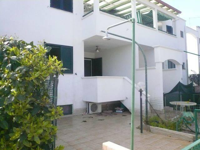 Appartamento in vendita a Maruggio, 3 locali, zona Località: CAMPOMARINO, prezzo € 98.000 | CambioCasa.it