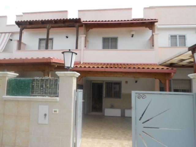 Villa in vendita a Manduria, 3 locali, zona Zona: San Pietro in Bevagna, prezzo € 99.000 | CambioCasa.it
