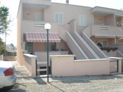 Soluzione Indipendente in vendita a Maruggio, 3 locali, zona Località: CAMPOMARINO, prezzo € 68.000 | CambioCasa.it