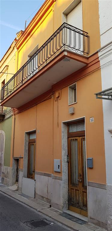 Palazzo in Via Ortorosso  35a, Valenzano