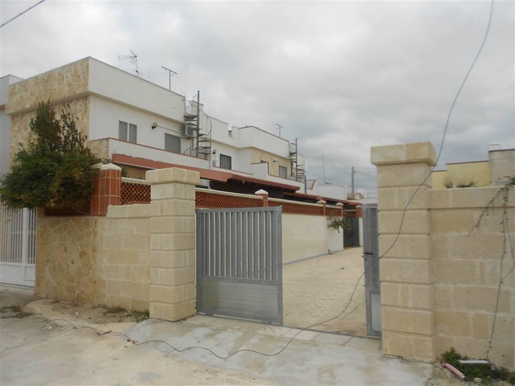 Villa a Schiera in vendita a Manduria, 3 locali, zona Zona: San Pietro in Bevagna, prezzo € 95.000 | CambioCasa.it