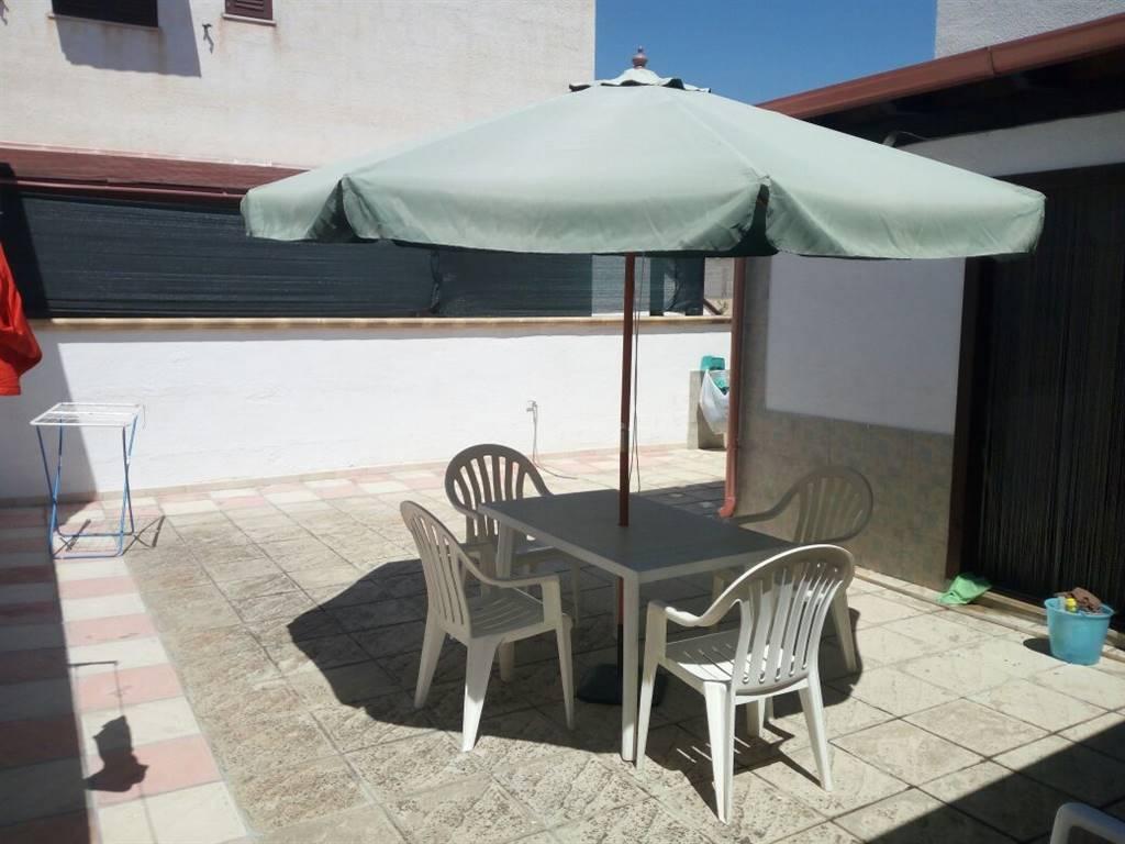 Appartamento in vendita a Manduria, 4 locali, zona Zona: San Pietro in Bevagna, prezzo € 65.000 | CambioCasa.it
