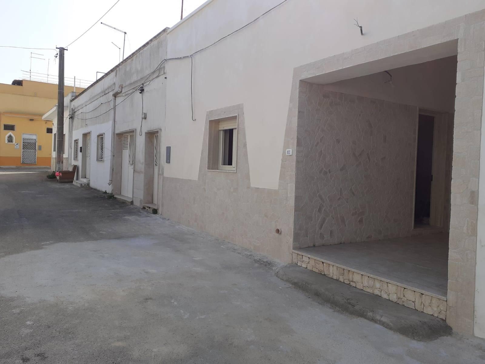 Soluzione Indipendente in vendita a Manduria, 4 locali, zona Zona: San Pietro in Bevagna, prezzo € 75.000 | CambioCasa.it