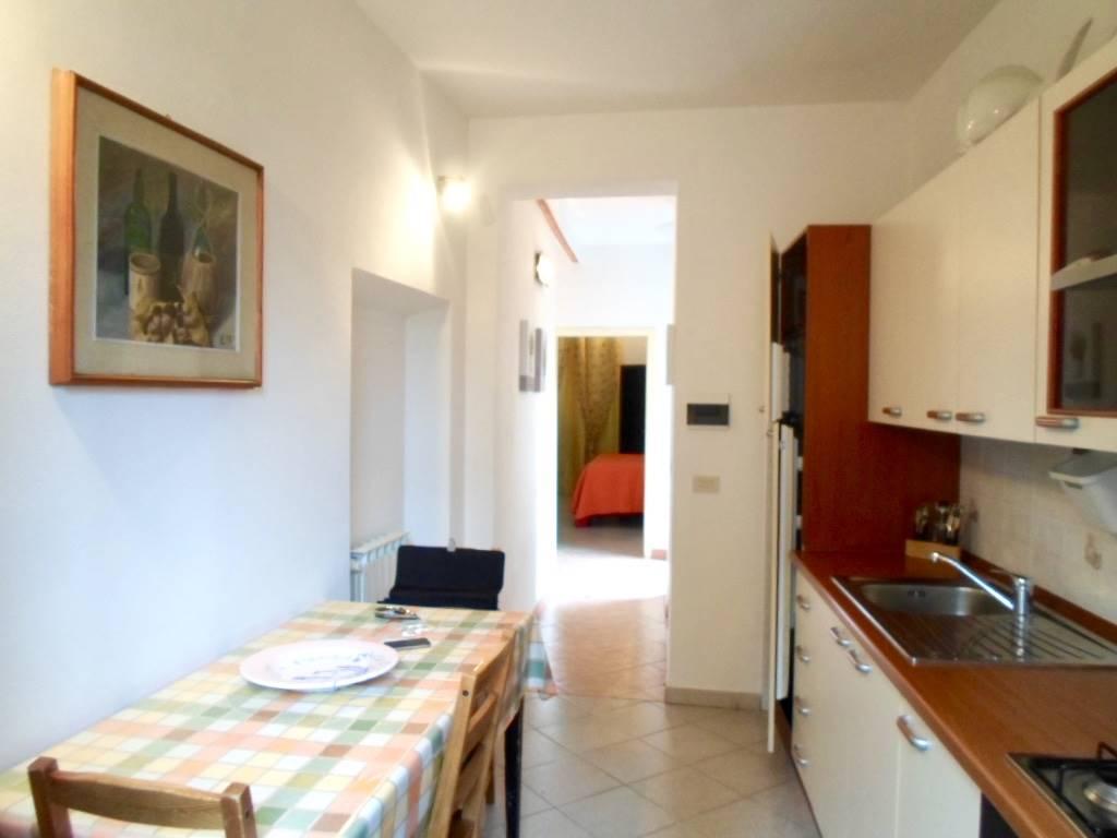 Soluzione Indipendente in affitto a Firenze, 3 locali, zona Località: CASTELLO, prezzo € 750 | CambioCasa.it