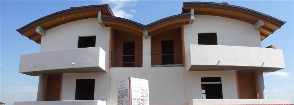 Villa bifamiliare a PIANELLA