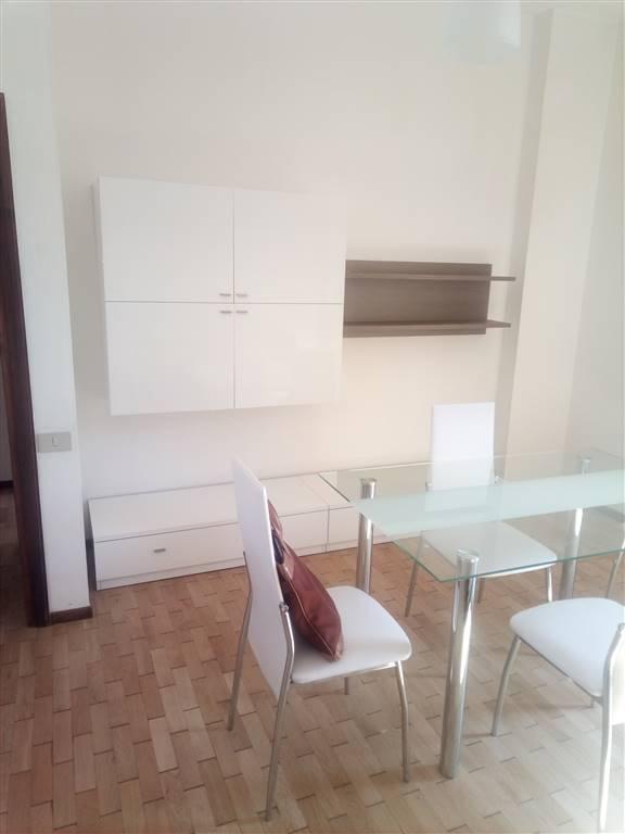 Appartamento in affitto a Montesilvano, 4 locali, prezzo € 500 | CambioCasa.it